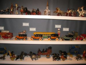 Gemini Antiques Ltd. - www.geminiantiques.com - Americana, American Folk Art, and Antique Toys and Banks