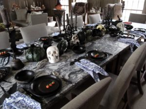 Empress Tang wanted to visit the canaries in the brown room but was distracted by this spooky table.