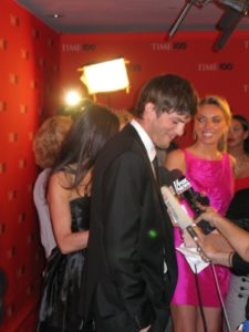 Everyone was thrilled when Ashton Kutcher and Demi Moore arrived.