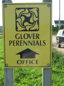 The Glover Perennials logo