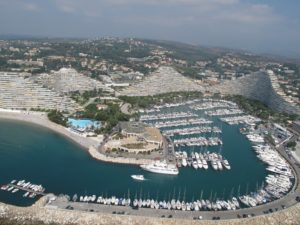 The crowded marinas