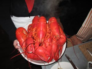 The lobsetrs were from Downeast Lobster Pound - soft shells called shedders - the meat is tender.  The 1 1/4-pounders take 15 minutes to cook in boiling water.