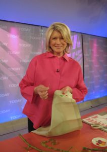 On the set of the Today show, yesterday - With buttons and simple embroidery, you can easily spruce up an ordinary napkin.