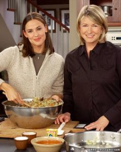 I share a recipe for cranberry cornbread stuffing with actress Jennifer Garner. (OAD: 11/18/2003)