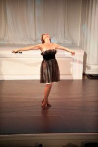 Actor/Singer - Janine LaManna performed George Gershwin's 'I Got Plenty O' Nuttin.'   Photo credit - Sing for Hope Donor Artist Nan Melville