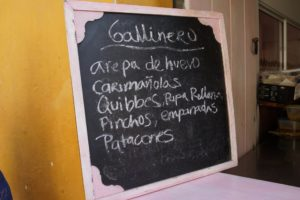 Small meals and snacks are offered on handwritten blackboards, changing daily.