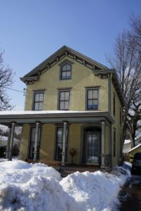 Further up the hill is another favorite house, this pristine stucco Victorian.