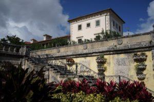 The decorative railings were designed by master blacksmith Samuel Yellin.