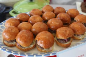 Mini hamburger sliders