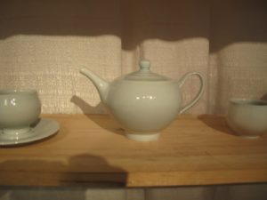 A beautiful teapot by Autumn Cipala