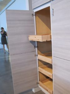 The sliding shelf bases make everything, big or small, easy to get.