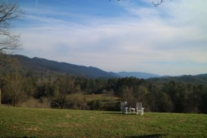 Here's another peaceful spot to sit and relax - it was such a clear, sunny day. The Great Smoky Mountains, commonly shortened to the Smokies, are a mountain range rising along the Tennessee–North Carolina border.