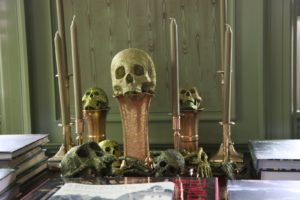 Green glittered skulls and bones look great in the green room.