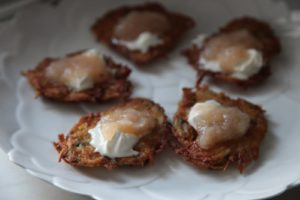 crispy latkes with creme fraiche and applesauce