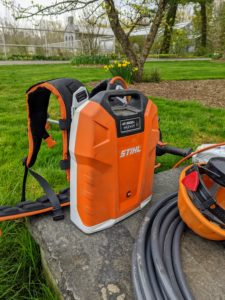 This is STIHL's backpack battery. This backpack battery eliminates the cost of fuel and engine oil and can be used with this edger attachment along with several other useful accessories.