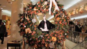 Inside the store, this great wreath is decorated with copper.