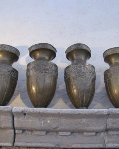 I also loved these brass vases - probably from a church - I did not buy them.