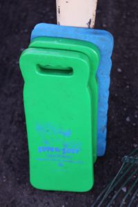 These super-soft kneeling pads are great in the garden to protect your knees and keep them clean.