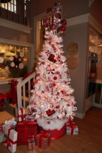 I really love this festive white and red tree.
