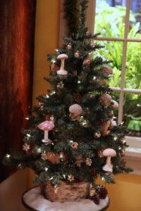 A woodland themed Christmas tree