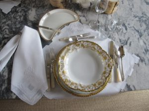 With the addition of this lovely Limoges gift, setting an elegant table was so easy.