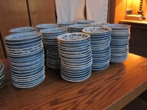 These are En's plates.