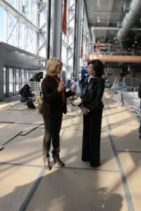 Here I am having a pleasant chat with Jerry Jones wife, Gene.