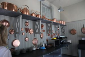 I saw that the copper in the stable kitchen was nicely polished.  I love this collection.  I purchased most of these pieces during visits to Paris.  Perhaps you remember it hanging in my kitchen at Turkey Hill?