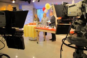 Last week on the Today Show, I shared some festive party ideas with Matt and Meredith.