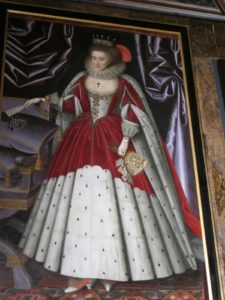 Many of the queens and royal family wore ermine, a prized fur.