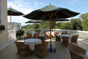 The terraces, all with great views, have comfortable seating and lots of umbrellas.