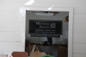 The logo of Munder Skiles has just been updated and it is very striking!