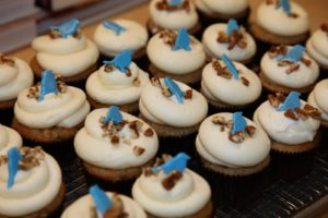 Georgetown Cupcake founders Katherine Kallinis and Sophie LaMontagne, shared their recipe for these Hummingbird cupcakes made with with fresh banana, pineapple, and pecan, topped with classic vanilla cream cheese frosting.