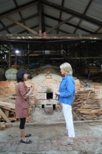Here I am with Yulianti Oey as she explains to me how this magnificent dragon kiln works.