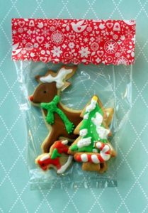 In addition to decorating her tree, Kristin baked sugar cookies using a recipe from my Best of Martha Stewart Living Holidays, published in 1993. She packaged the cookies in my holiday celophane bags.