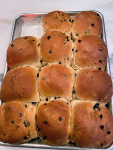 And here they are fresh out of the oven - perfectly brown and ready to eat.