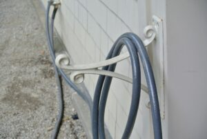 This hose is removed to show the rack – some of you may remember it from one of my old retail collections – so decorative and so durable. It has lasted for many years.