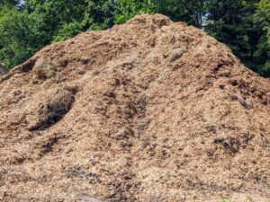 "This organic matter is made up of manure and biodegradable materials. It will be ready to use as compost after it is turned, ""cooked,"" in the sun, and sieved."