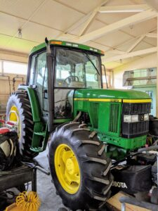 This John Deere tractor is great. It is often used for mowing the big hay fields.