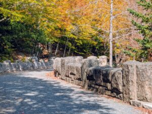 The railing of the bridge is crenulated – you can see the upright placement of the massive hand-hewn boulders.