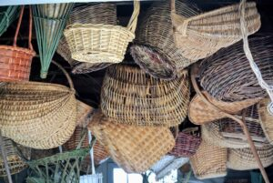Early basketmakers selected materials from nature, such as stems, animal hair, hide, grasses, thread, wood, and pinstraw. Baskets vary not only across geographies and cultures, but also within the regions in which they are made.
