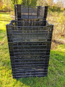 To dry the dahlias, we use plastic crates saved from our large delivery orders of bulbs. I always try to reuse, repurpose or recycle everything at the farm. Crates like these provide good air circulation.