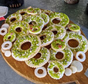 And these sugar cookie wreaths were embellished with ground Sicilian pistachios and silver and gold dragees.