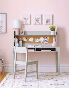 For your homeschoolers, this Martha Stewart Living and Learning Kids' Desk is perfect. Its quality, flexibility and open design supplies a great space for a child's bedroom or study corner.