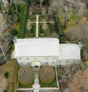 And here is a view high above my Summer House with the sunken garden behind it. The drones are very steady - these images are so crisp.