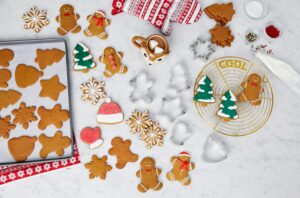 If you're baking this holiday, be sure to get my Martha Stewart Collection Half Sheet Baking Pan with six Cookie Cutters at Macy's. It also makes a great gift for a baker. This set includes a half sheet-sized pan plus an assortment of stainless steel cookie cutters.