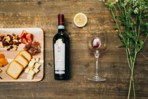Enjoy a mixed assortment of Martha Stewart Wine Co. wines this holiday season. My wines are perfect for small, safe gatherings and gift giving. I hand selected all the flavorful varieties myself - you'll love every one.