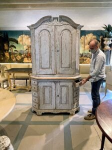 We also stopped at Casa Gusto, a new company of antiques, objects, and artworks on Georgia Avenue in West Palm Beach. This is a Rococo 10-drawer cabinet, circa 1760. It stands 85-inches tall by 48-inches wide.