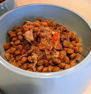 If you follow my blog regularly, you may know I also cook for my dogs. Once a month, I love to make my dogs a good supply of home-cooked food. Preparing my own dog food has many benefits - fewer preservatives and additives, more varied and potentially better ingredients and, of course, more of what I know my dogs will enjoy. I also know the food is from wholesome, organic, reputable sources - and that is very important to me.