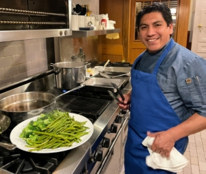 During the weekend, we had some delicious meals. Chef Lazaro Morales from PS Tailored Events joined us and prepared the most wonderful lunches and dinners. Here he is with a platter of fresh broccoli and green beans.